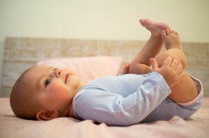 Co, jak i gdzie kupować – ubranka niemowlęce