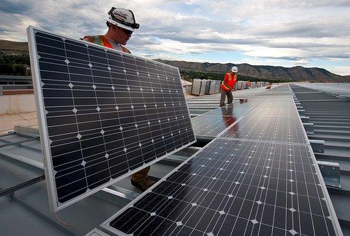 Modele pojemnych i wydajnych baterii słonecznych