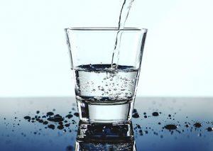 Dystrybutory z wodą