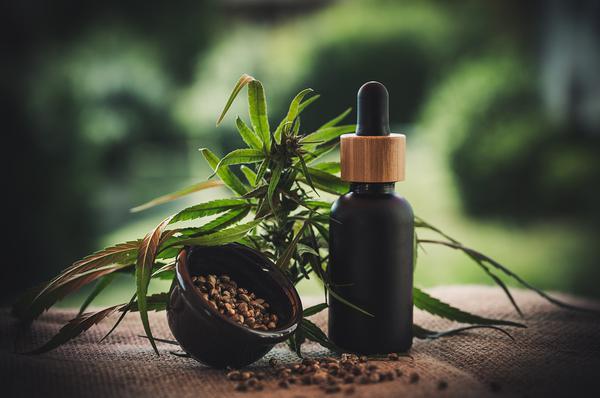 Read more about the article Zdrowotne właściwości produktu konopnego